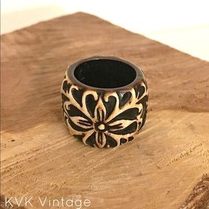 Vintage Brown Carved Resin Plastic Flower Ring